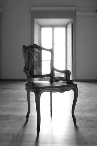 empty-chair2